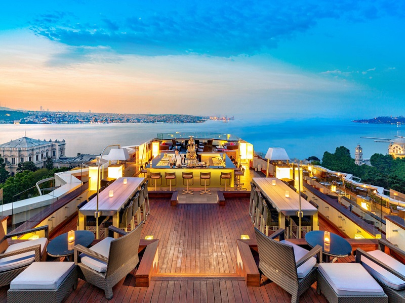 The 10 Best Rooftop Bars In Istanbul