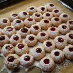 Bern-style Lekerlis Biscuits with Hazelnuts