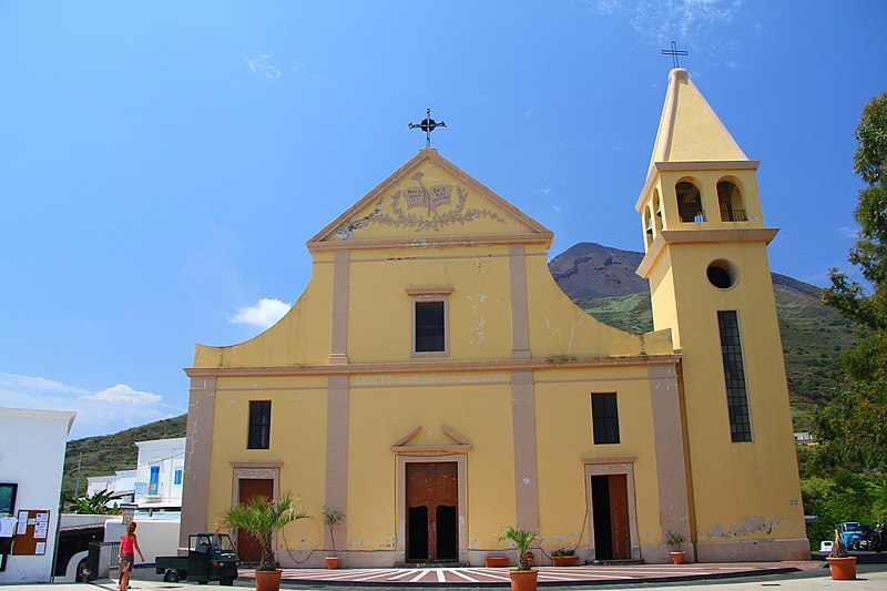 Stromboli Boat And Helicopter Tours